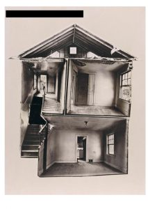 Gordon Matta-Clark, Splitting, 1974 © VG Bild-Kunst, Bonn 2017 / The Estate of Gordon Matta-Clark
